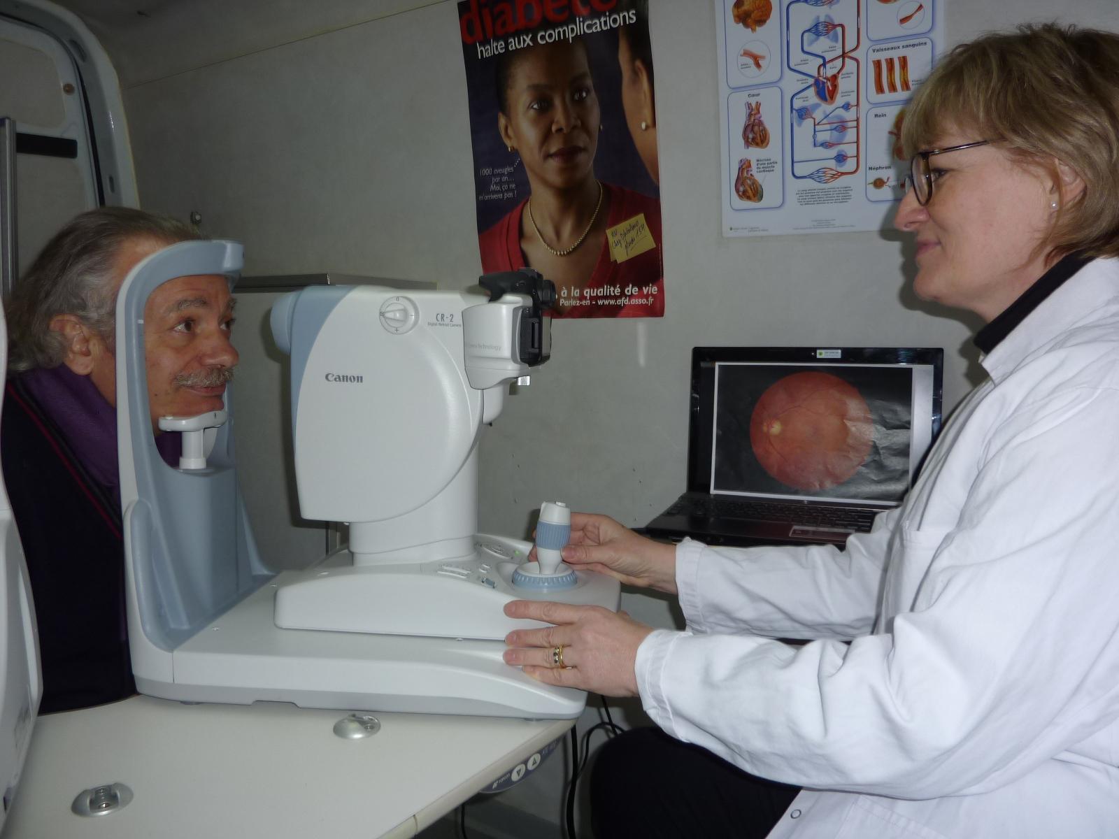 PHOTO examen de dépistage